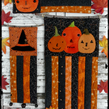 A vintage Halloween mini Quilts pattern 3 designs