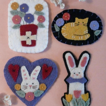 Bunnies, Kitty, & Posies  WOOL PINS pattern