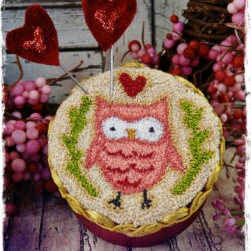 valentine owl punch needle pattern