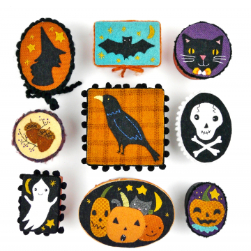 Halloween pin ornaments treat box pattern